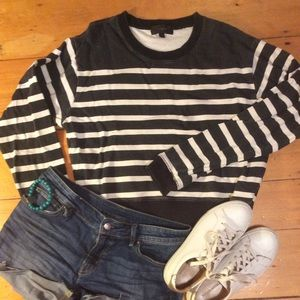 Jcrew slightly cropped sweatshirt